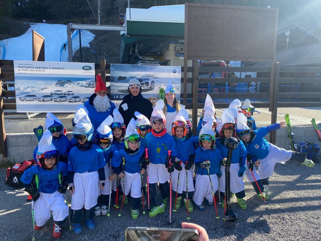 bambini alla scuola sci baronecchia